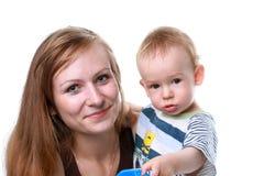 Madre con el bebé aislado Imagen de archivo