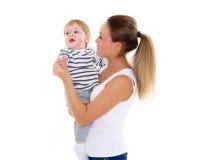 Madre con el pequeño bebé Foto de archivo
