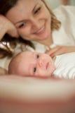 Madre con la figlia del bambino Immagini Stock Libere da Diritti