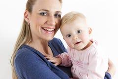 Madre con la sua neonata Immagini Stock Libere da Diritti