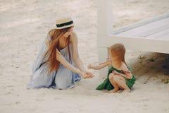 Madre con le figlie Fotografia Stock Libera da Diritti