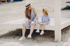 Madre con le figlie Fotografie Stock