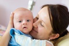 Madre con sorridere appena nato Fotografie Stock