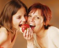 Madre con su hija imágenes de archivo libres de regalías