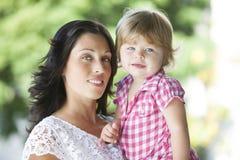 Madre con su hija hermosa Imagen de archivo