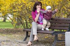 Madre con un figlio Immagine Stock Libera da Diritti