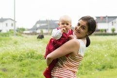 Madre con una hija fotografía de archivo