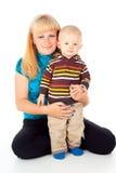 Madre de la familia y pequeño niño fotos de archivo