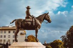 Madre di Augusta Senora Condesa de Barcelona della La di Juan Carlos I La statua equestre immagine stock libera da diritti