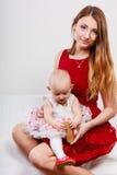 Madre di bellezza con il bambino Fotografia Stock Libera da Diritti