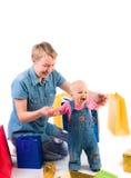 Madre e bambino con i regali Fotografie Stock