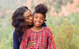 Madre e bambino dell'afroamericano Fotografie Stock