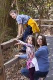 Madre e due bambini Fotografie Stock