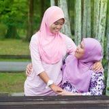 Madre e figlia asiatiche Fotografie Stock Libere da Diritti