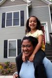 Madre e figlia nel paese Fotografia Stock Libera da Diritti
