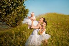 Madre e figlie della ballerina Immagini Stock