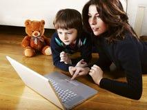 Madre e figlio immagini stock libere da diritti