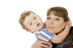 Madre e figlio di abbraccio immagini stock