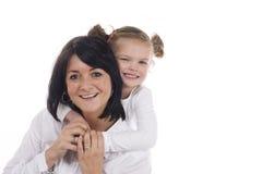 Madre e hija cariñosas Imagen de archivo libre de regalías
