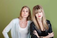 Madre e hija con problemas Fotografía de archivo libre de regalías