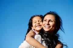 Madre e hija de la diversión Fotografía de archivo