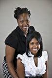 Madre e hija del afroamericano Imágenes de archivo libres de regalías