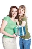 Madre e hija que celebran el día de madre Fotos de archivo libres de regalías