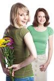 Madre e hija que celebran el día de madre Imagen de archivo libre de regalías