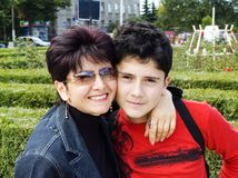 Madre e hijo Fotos de archivo libres de regalías