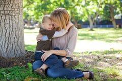 Madre e hijo Imagen de archivo libre de regalías