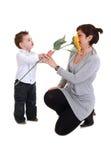 Madre e hijo con los girasoles Fotografía de archivo libre de regalías
