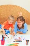 Madre e hijo que unen Foto de archivo libre de regalías