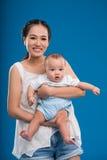 Madre e signora adorabile Fotografia Stock