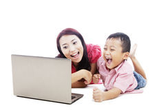 Madre felice ed il suo figlio Immagine Stock Libera da Diritti