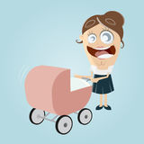 Madre feliz con el cochecito de niño Imagenes de archivo