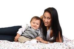 Madre joven con el bebé Fotografía de archivo libre de regalías