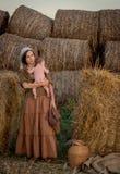 Madre joven con un bebé Fotografía de archivo libre de regalías