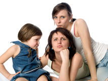 Madre juguetona y dos hijas Imagen de archivo libre de regalías