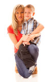 Madre matura felice del ritratto con il bambino 6 anni di ragazzo isolato Fotografia Stock Libera da Diritti