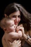 Madre y bebé. Foto de archivo libre de regalías