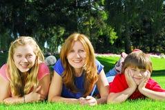 Madre y niños Imágenes de archivo libres de regalías