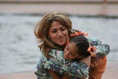 Madres y sus hijas Imagen de archivo libre de regalías