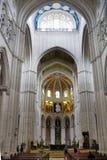 MADRI, ESPANHA - 28 DE MAIO DE 2014: Interior de Santa Maria la Real de La Almudena Fotos de Stock Royalty Free