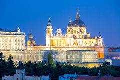 Madrid Almudena Cathedral Royaltyfri Bild