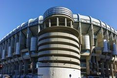 MADRID, ESPAÑA - 21 DE ENERO DE 2018: Opinión exterior Santiago Bernabeu Stadium en la ciudad de Madrid Imágenes de archivo libres de regalías