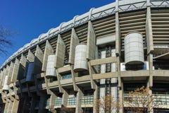 MADRID, ESPAÑA - 21 DE ENERO DE 2018: Opinión exterior Santiago Bernabeu Stadium en la ciudad de Madrid Imagen de archivo