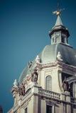 madrid för katolsk kyrka för domkyrka för almudenaarkitektur härlig klosterbroder spain härligt Royaltyfri Fotografi