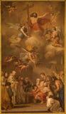 Madrid - målarfärg på det huvudsakliga altaret i kyrkliga San Jeronimo el Real Arkivfoto
