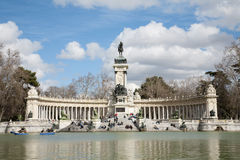 Madrid - monumento de Alfonso XII en el parque de Buen Retiro Fotos de archivo