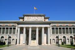 Madrid Museo del Prado mit Velazquez-Statue Lizenzfreies Stockbild